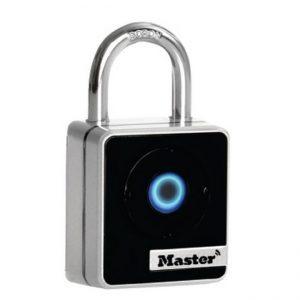 Master 440D Bluetooth Smart Padlock indoor