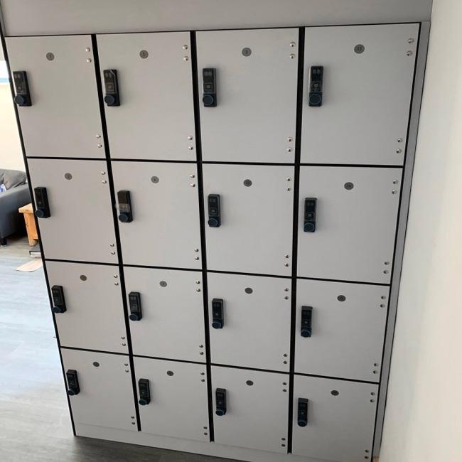 laminate trespa sgl door lockers